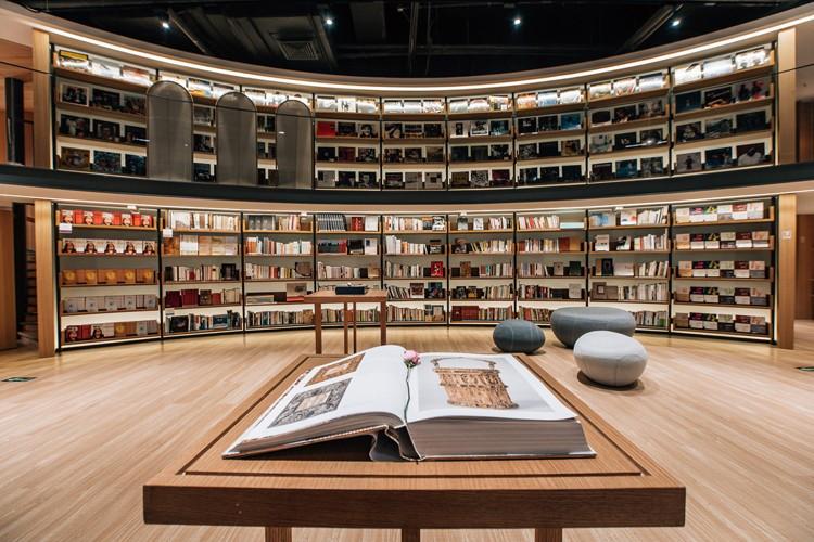 愛書人的夢幻殿堂!北京私人圖書館「曉島」日限200人免費暢讀