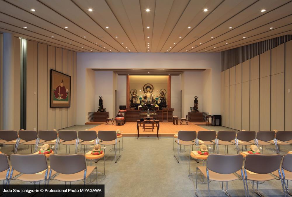 隈研吾東京新宿淨土宗一行院  告別雕龍畫鳳的鋁製佛寺