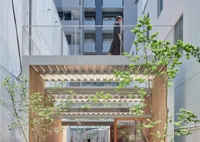 omoken-park-yabashi-japan-architecture-cafes_dezeen_2364_col_1-1704x2130