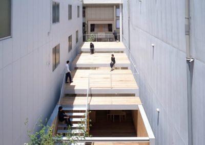 omoken-park-yabashi-japan-architecture-cafes_dezeen_2364_col_5-1704x1364