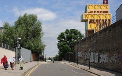 積木般的實驗性建築 東倫敦波將金劇院